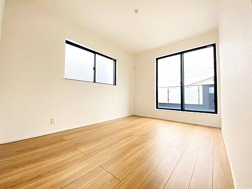 新築一戸建て-福岡市南区西長住3丁目 南面洋室日当たり良好です!