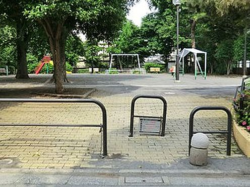 マンション(建物全部)-世田谷区上馬4丁目 周辺環境:上馬北公園