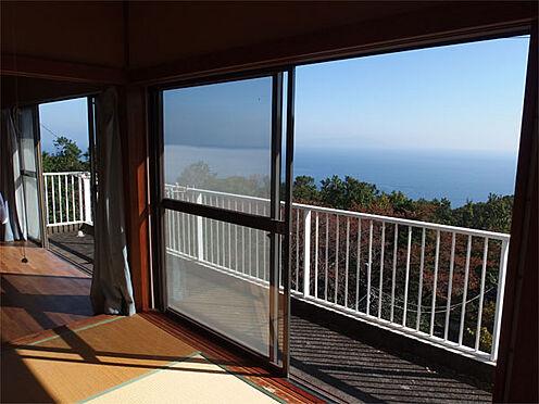 中古一戸建て-伊東市赤沢 【緑豊かな別荘地】 遮る物はなにもありません。緑と海だけです!