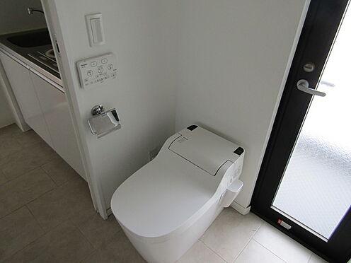 マンション(建物全部)-浦安市堀江4丁目 トイレ
