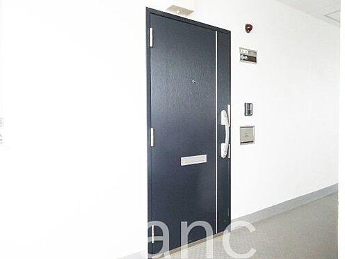 中古マンション-江東区高橋 共用廊下からの玄関玄関