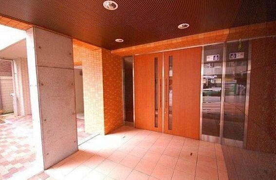 マンション(建物一部)-大阪市北区南森町2丁目 邸宅感のあるアプローチ