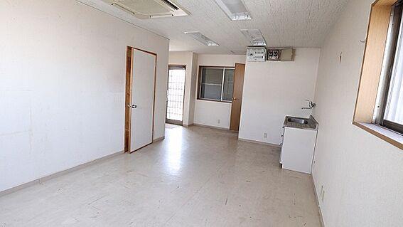 ビル(建物全部)-和歌山市築港5丁目 3F洋室