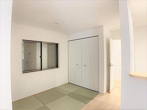 新築一戸建て-名古屋市天白区保呂町 LDK横には畳コーナーがありお子様の遊び場としても活用可能