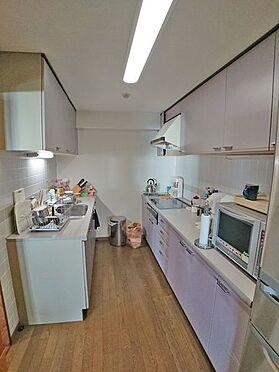 中古マンション-賀茂郡東伊豆町奈良本 キッチンはブラインド型になっております。