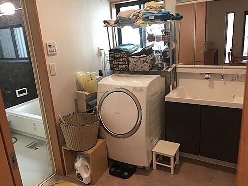 中古一戸建て-西尾市米津町蔵屋敷 忙しい朝にも嬉しいシャワー付き洗面化粧台!