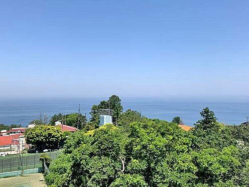 中古マンション-伊東市川奈 〔眺望〕バルコニーからの眺望です。相模湾が広角に広がっています。