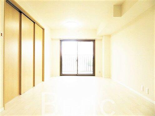 中古マンション-足立区東和3丁目 梁の無いリビングで家具の配置がしやすい間取りです