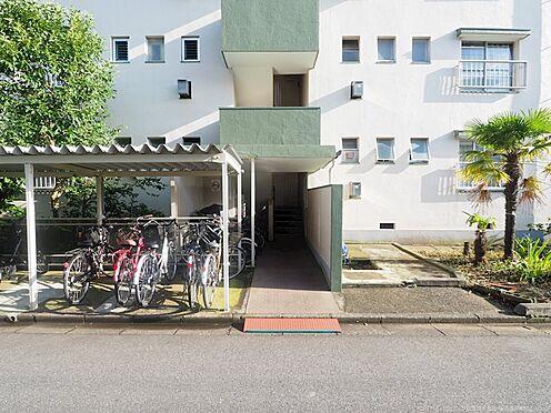中古マンション-千葉市美浜区幸町2丁目 階段まわりもきれいに管理されています!