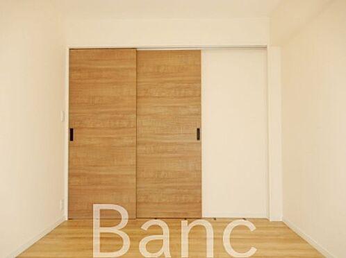 中古マンション-江東区辰巳1丁目 家具が配置しやすいお部屋です。
