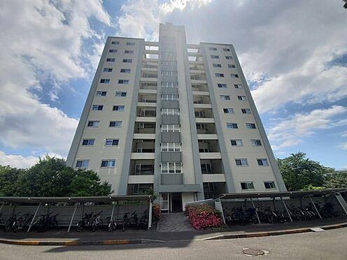 区分マンション-多摩市落合3丁目 エレベーター棟9階の南西角部屋です!