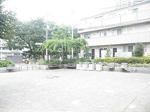 マンション(建物一部)-文京区本駒込6丁目 【公園】駕籠町公園まで197m