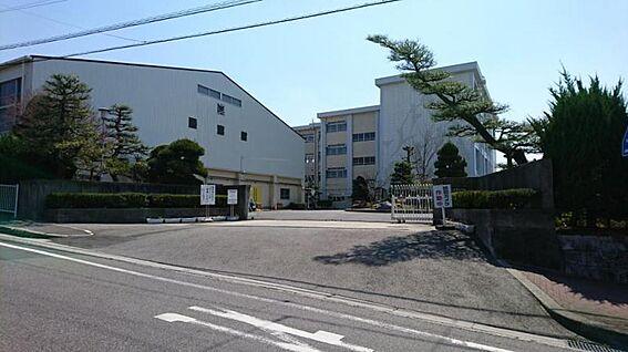 中古一戸建て-豊田市神池町2丁目 美里中学校 850m