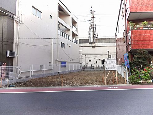 マンション(建物全部)-足立区綾瀬1丁目 建ぺい率80%、容積率300%です。
