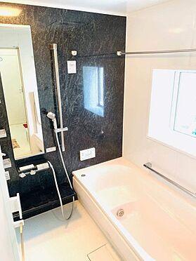 中古一戸建て-江南市勝佐町西郷 窓付きの明るい浴室で浴室乾燥機付き!