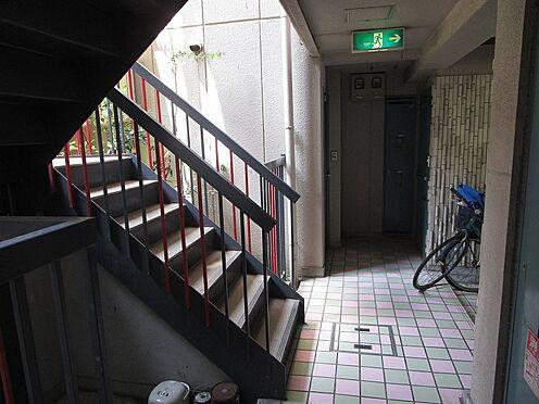 一棟マンション-大阪市東住吉区今川7丁目 マンション内の共有廊下です