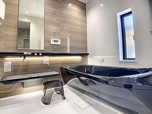 中古一戸建て-岡崎市鴨田町字向山 高級感のある落ち着いた雰囲気の浴室