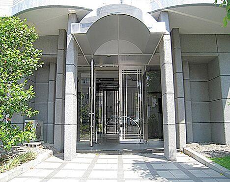 マンション(建物一部)-大阪市淀川区木川西4丁目 清潔感のあるアプローチ