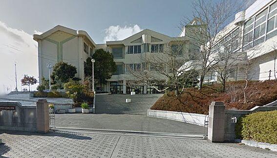 アパート-和歌山市六十谷 【小学校】有功東小学校まで865m