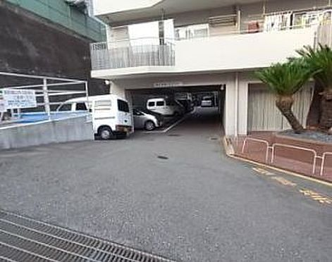 マンション(建物一部)-神戸市中央区神仙寺通4丁目 駐車場もあるから、交通も楽々
