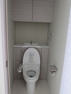 マンション(建物一部)-千代田区神田三崎町3丁目 温水洗浄便座完備。手洗いボールあり。