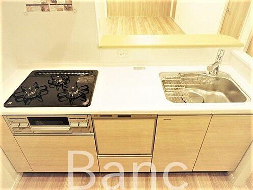中古マンション-葛飾区東新小岩3丁目 お料理が捗る3口コンロのキッチンです。