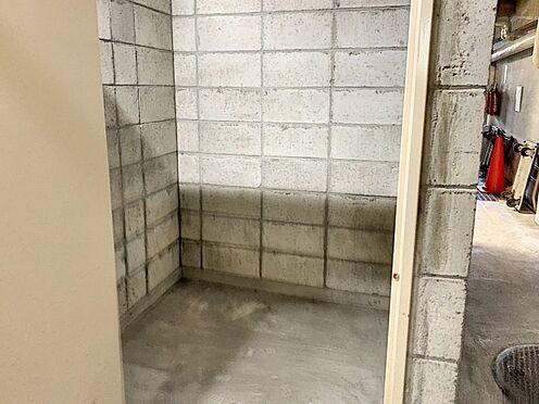 中古マンション-名古屋市名東区上社2丁目 アウトドアグッズ等の収納に便利な倉庫がございます。