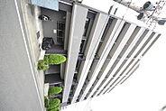 京王八王子駅まで徒歩6分の場所にある通勤・通学に便利なマンション。7階角部屋の2面採光。