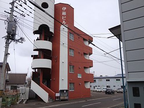 ビル(建物全部)-北見市山下町4丁目 テナント4室、住居16室あります