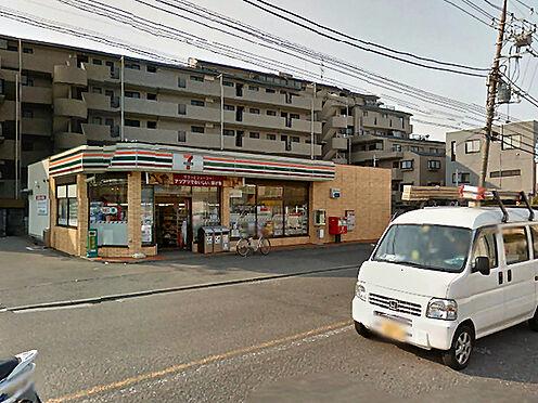 アパート-横浜市戸塚区平戸町 セブンイレブン横浜戸塚平戸店まで1055m、コンビニもあって便利です