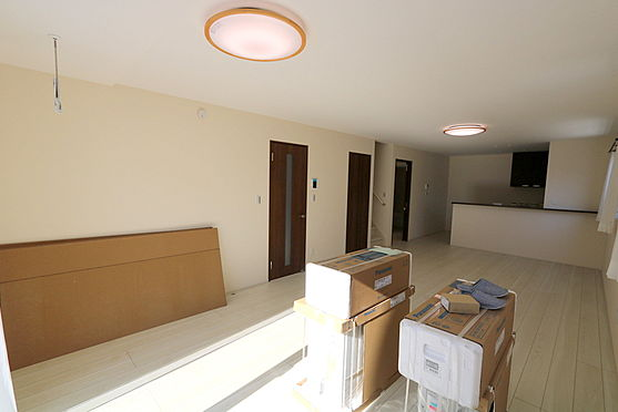 新築一戸建て-仙台市泉区将監7丁目 居間