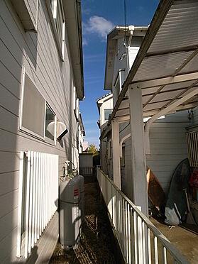 店舗付住宅(建物全部)-八街市八街ほ お隣との距離