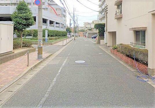 区分マンション-北九州市小倉北区井堀2丁目 前面道路写真。