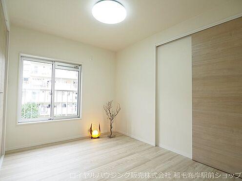 中古マンション-千葉市美浜区稲毛海岸3丁目 約5帖の北側洋室です!