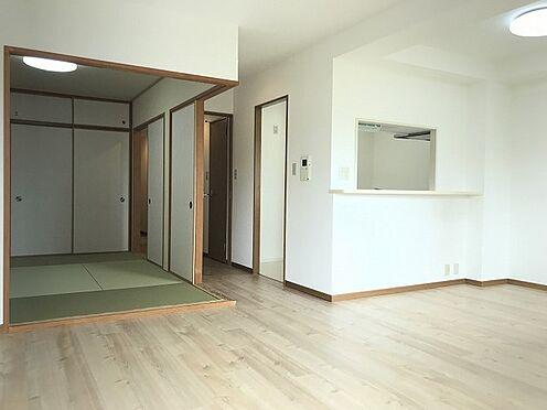 中古マンション-神戸市須磨区道正台1丁目 居間