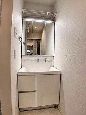 中古一戸建て-名古屋市緑区乗鞍1丁目 スッキリとした洗面所!収納も豊富です!