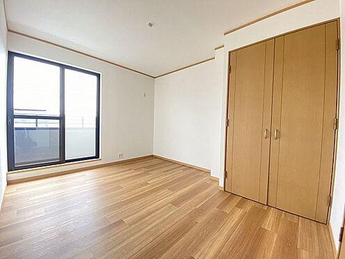 中古一戸建て-岡崎市真福寺町字落合 バルコニーに面した洋室(3)