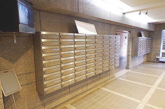 マンション(建物一部)-大阪市旭区高殿2丁目 メールボックスもあるので便利です。