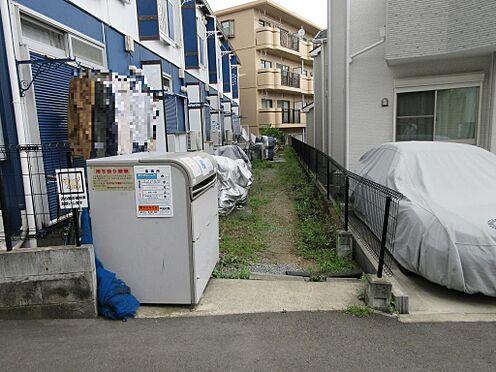 アパート-海老名市上今泉6丁目 1階お庭部分にバイク・自転車駐車可能です(無償)。