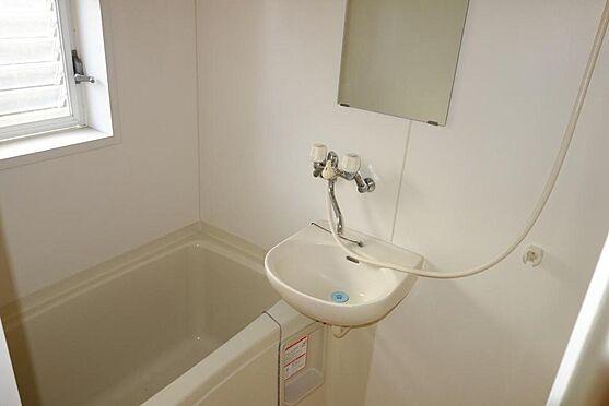 アパート-伊東市宇佐美 売りアパート室内・浴室ユニットバス