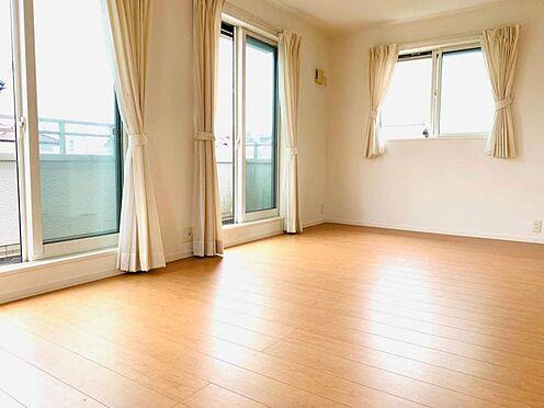 中古一戸建て-津島市百島町字居屋敷 二面採光で明るい室内です!