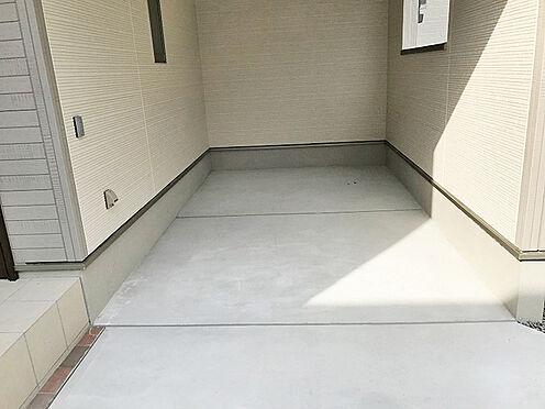 新築一戸建て-豊中市上野西4丁目 駐車場