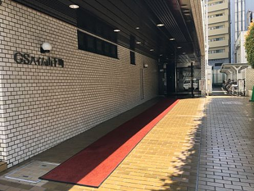 マンション(建物一部)-横浜市中区山下町 エントランスへのアプローチ