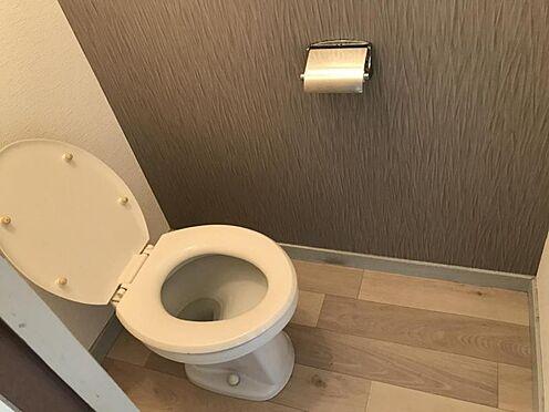 区分マンション-名古屋市名東区明が丘 清潔感のあるトイレ。