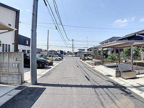 戸建賃貸-名古屋市守山区大字上志段味字稲堀田新田 ゆとりある幅員6.0mの道路に面しているので、駐車も楽々です♪