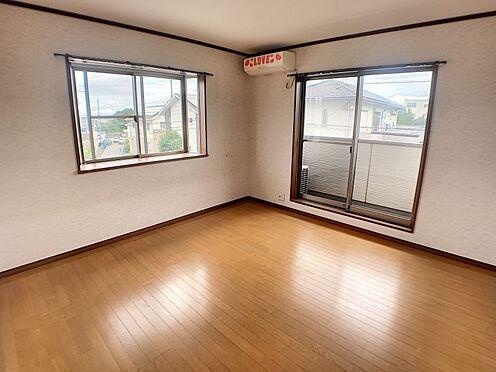 戸建賃貸-西尾市山下町西八幡山 全居室、採光と通風に優れた心地よい空間です。是非現地で体感してみてください。