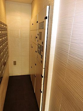 マンション(建物一部)-品川区南品川4丁目 不在が多い単身者の方に嬉しい宅配BOX完備しております。