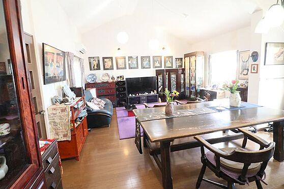 中古マンション-八王子市南大沢5丁目 リビングには床暖房が有ります。