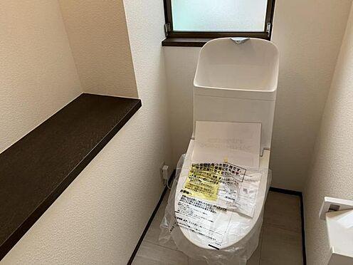 中古一戸建て-豊田市深見町鳥目 1・2階にトイレあり。階段を降りなくてもいいので便利ですね♪