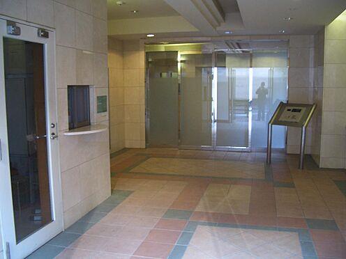 マンション(建物一部)-新宿区下落合4丁目 高級感のあるエントランスホールです
